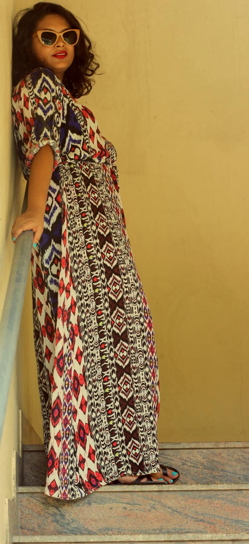 Fat Fashion - Plus Size Fashion - Aztec Maxi Dress - How to wear a maxi dress - Live Laugh Dressup - Indian Fashion Blog - Best Fashion Blog - Top Fashion Blog